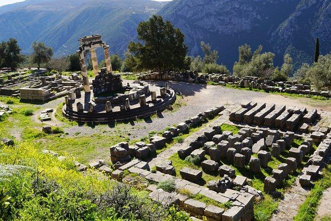 4 Days Private Tour: Delphi - Meteora - Vergina & Dion