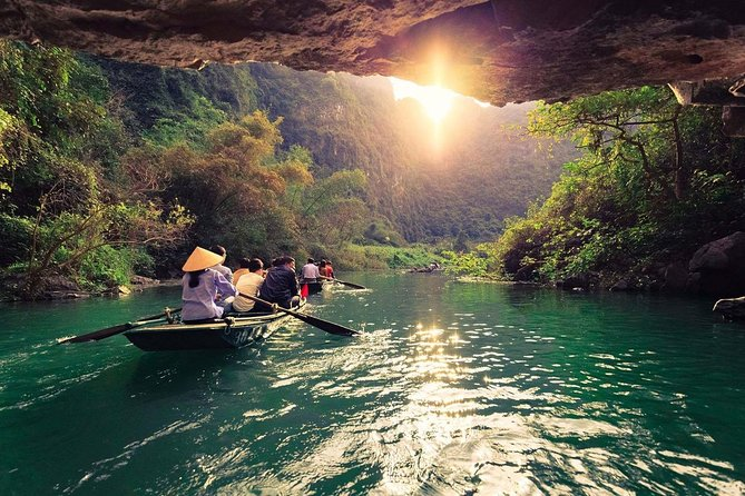 Best Day trip - Amazing Ninhbinh- Tamcoc- Mua cave - Hoalu with all inclusives