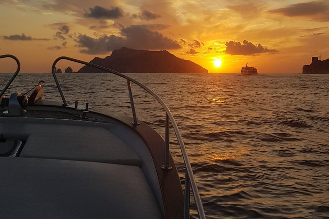 Sunset tour by private boat