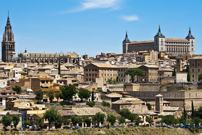 Segovia and Ávila with Toledo in 2 days from Madrid