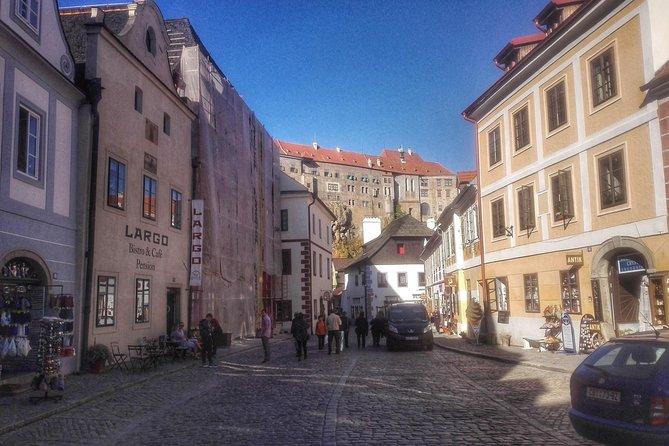 Český Krumlov Private Trip by Limousine or Minivan