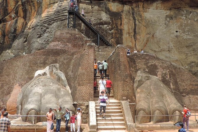 2N/3D Kandy + Sigiriya Trip From Colombo photo 2
