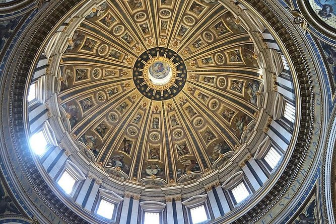 Guided tour of the Vatican Museums and Sistine Chapel