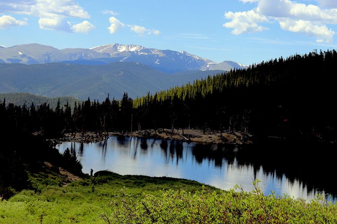 Glacier Hiking & Geothermal Cave Pools + Pictures Day Tour in Idaho Springs