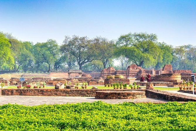 Tour of Sarnath, the starting point of Buddhism religion (by car from Varanasi)