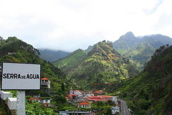 Stuning Vale da Serra D' Agua Walk