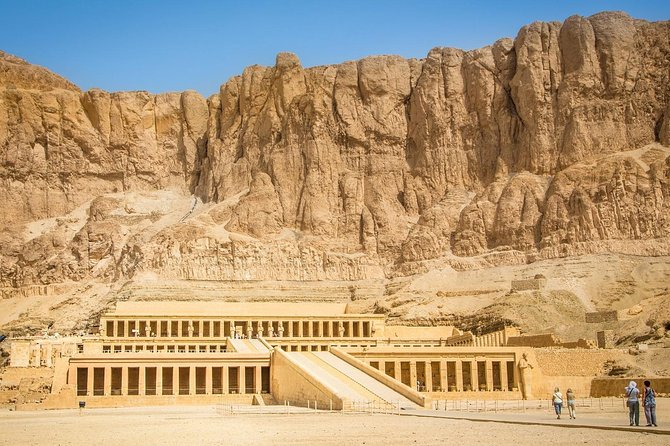 Hurghada To Luxor and Valley of the Kings By Bus photo 3