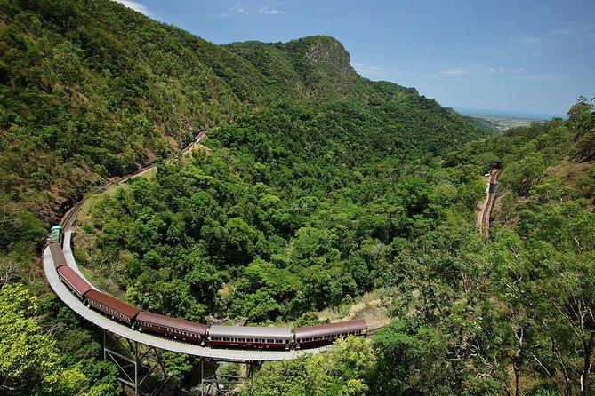 Kuranda tour via Skyrail & Kuranda Scenic Rail