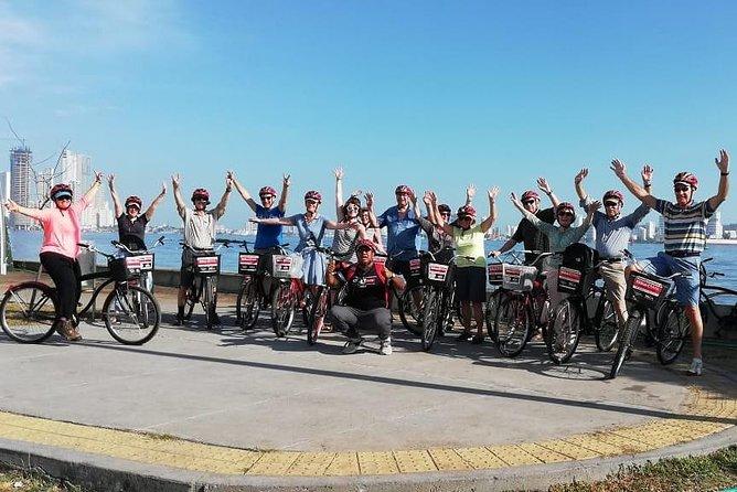 City tour by bike, free water bottle