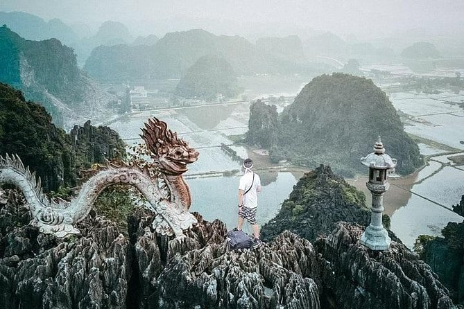 Full-Day Private Tour to Mua Cave Tam Coc and Bich Dong Pagoda