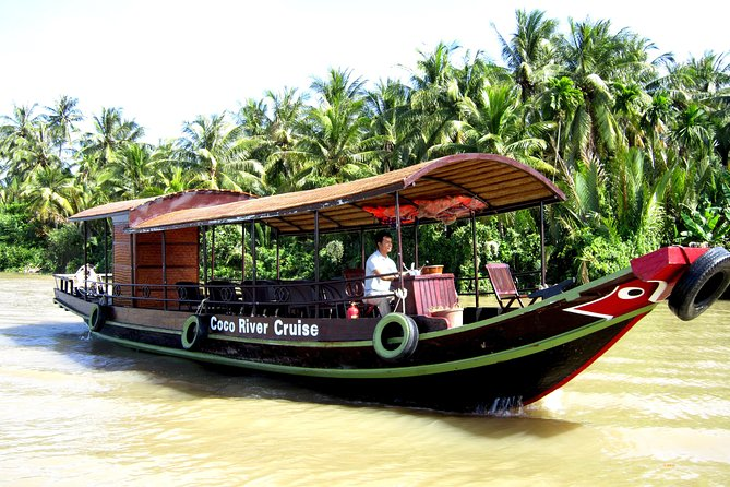 Full Day Guided Tour of Ben Tre Province with Lunch