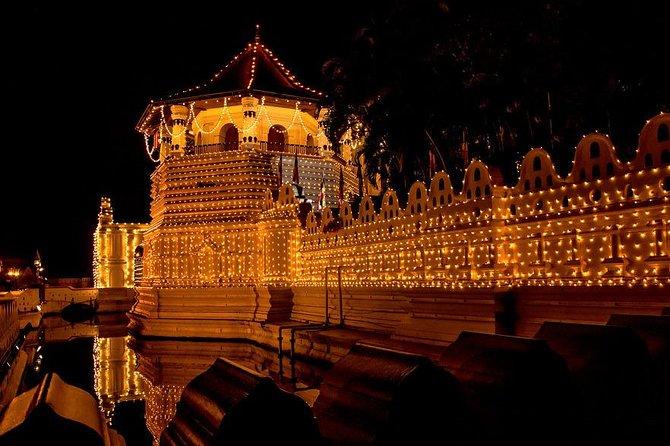 2 Days Tour to Kandy and Nuwara Eliya from Colombo