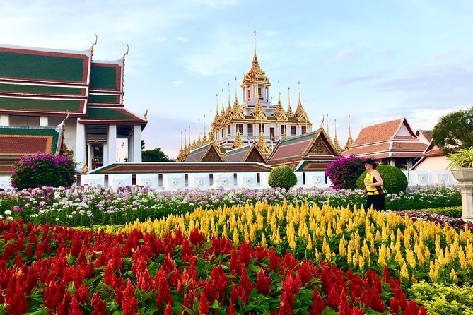 Running Tour through Historic Center, Grand Palace, Wat Pho and more.