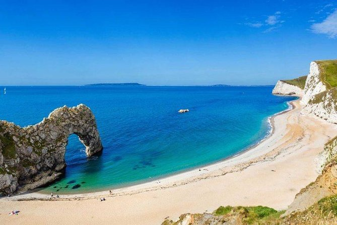 Private tour to Durdle Door, Corfe Castle, New Forest