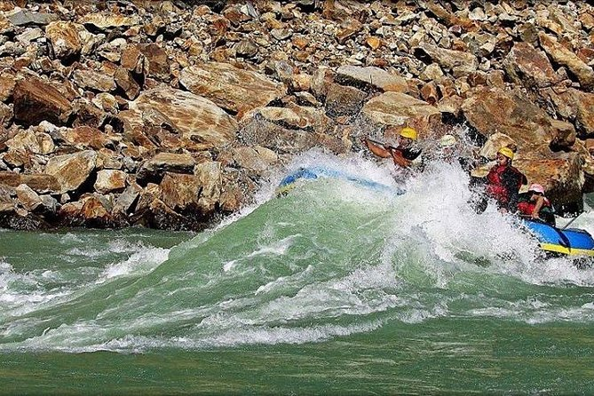 Rafting in Rishikesh with A/C deluxe cottage stay
