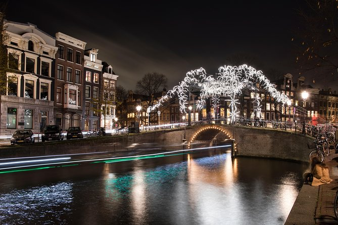 Amsterdam Light Festival Night Boat Tour with Drinks Included