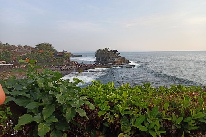 Tanah lot and Uluwatu tour