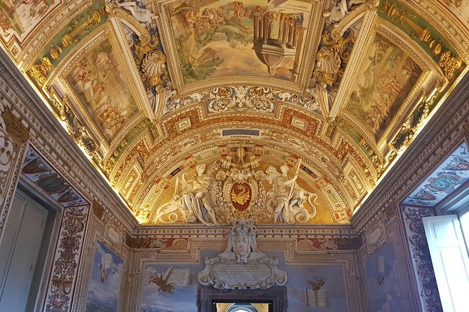 Ultimate Vatican Tour with Papal Tombs photo 8