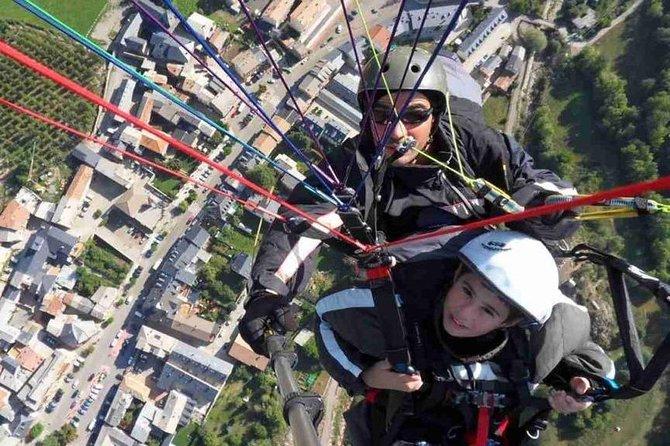 45-minute tandem paragliding flight