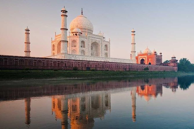 Same day taj mahal tour by gatimaan express