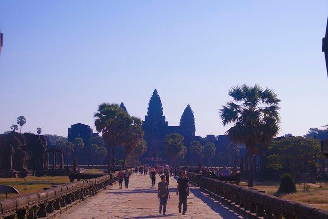 3-Days Angkor Wat Temple And Tonle Sap lake