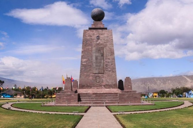 Shared Tour to Middle of the World Monument from Quito