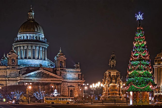 2 Hour Christmas and New Year Walking Tour in St Petersburg