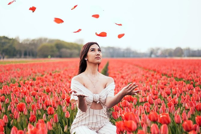 GoAdventure - Professional Tulip Fields Photo Session & Fun Bike Tour near  Amsterdam