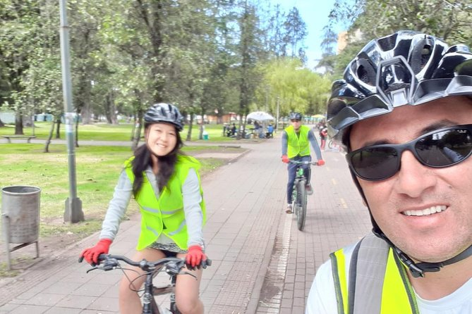 Discover Quito City on 2 Wheels photo 4