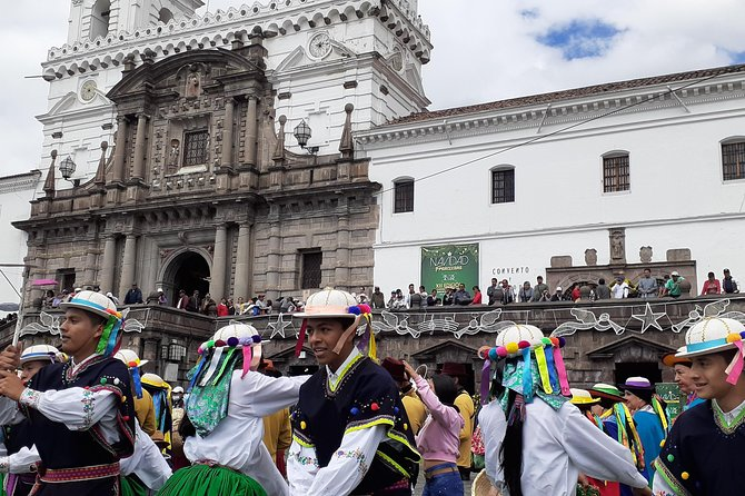 Discover Quito City on 2 Wheels photo 2