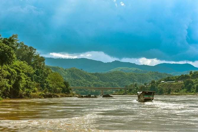Ultimate Mekong Cruise up Adventure 3 days, 2 nights