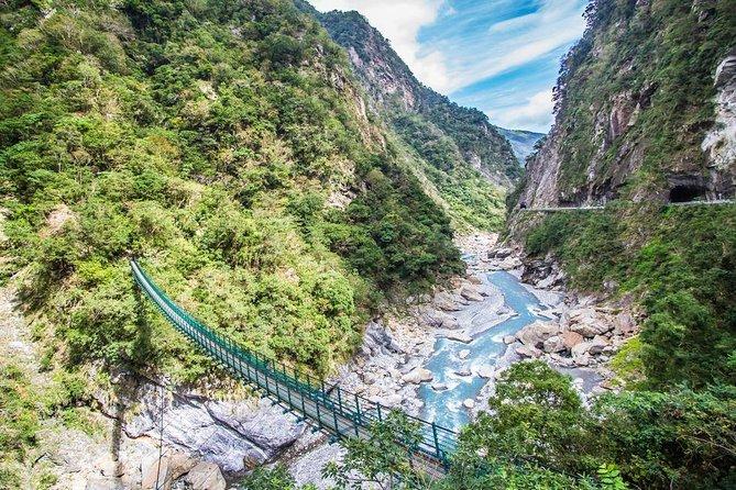 Taipei to Beautiful Yilan and Taroko Gorge Tour