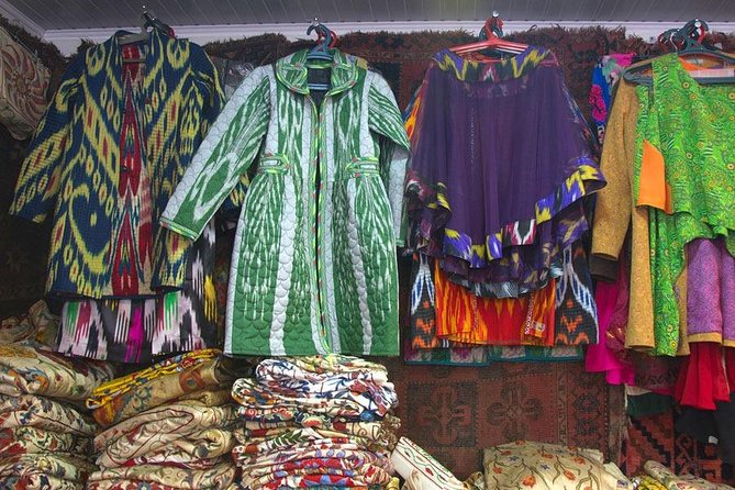5 Hour Small Oriental Costume Textile Private Workshop in Samarkand