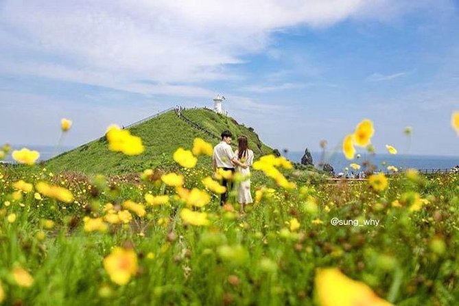 Jeju island East 1 day Bus tour (Lunch + Free Snap Photo included)