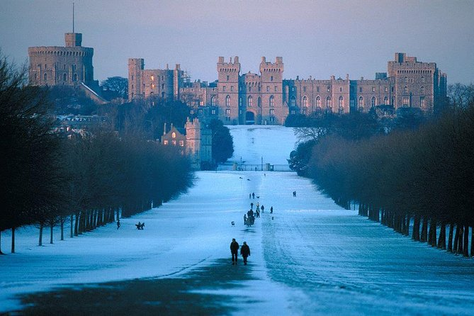 Windsor, Bath, Stonehenge and Salisbury with Lunch Pack on Boxing Day