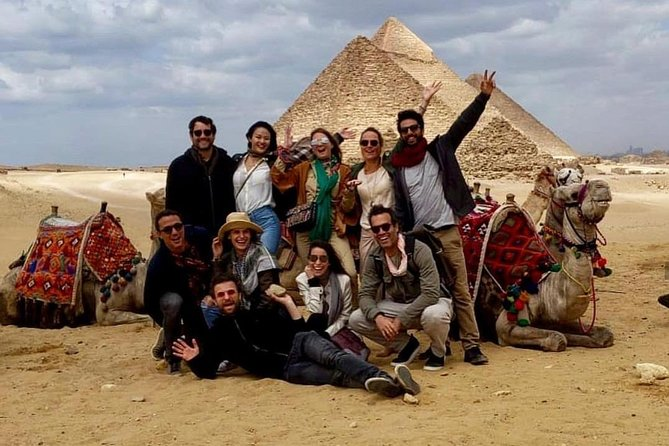 Private Tour (Pyramids, Sphinx and Souqs) and lunch