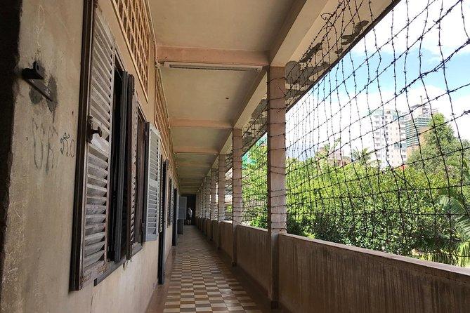 9hr Historical Phnom Penh Private Tour