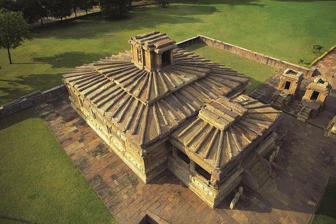 Hyderabad to Badami Tour (3 Days)