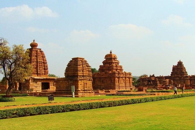 8 Days Private Tour to Hyderabad, Bijapur and Hampi