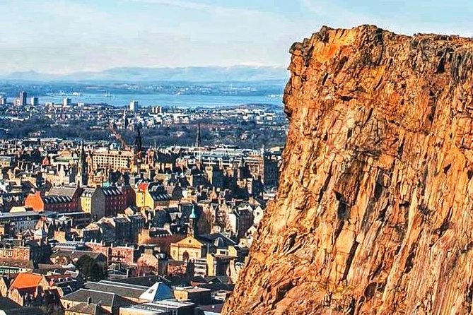 A Volcano With A Story - Arthurs Seat photo 1