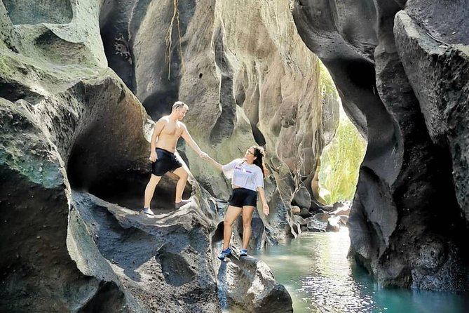 Ubud Private Guided Tour : Hidden Canyon - Balitofia Park - Beach - Free WiFi