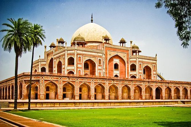 Private Tour : Special Delhi Tour Including Admission Tickets