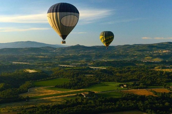 Fly over history: a hot air balloon cruise above Florence and its surroundings