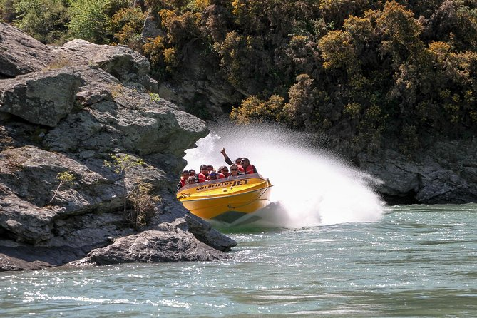 25 Minute Jet Boat experience on the Kawarau River with Goldfields Jet