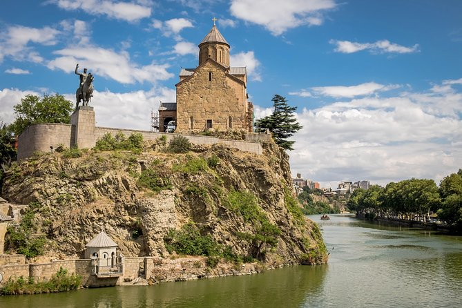 Private Tbilisi Walking Tour including Cable Car, Wine Tasting and Old Bakery photo 8