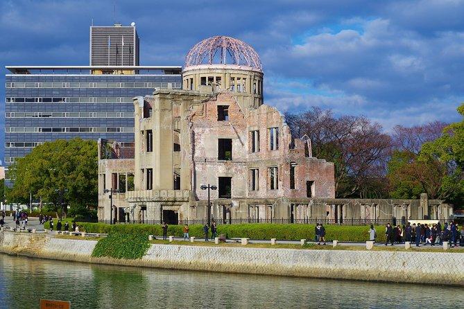 Hiroshima Half-day Walking Tour~Walking in History~