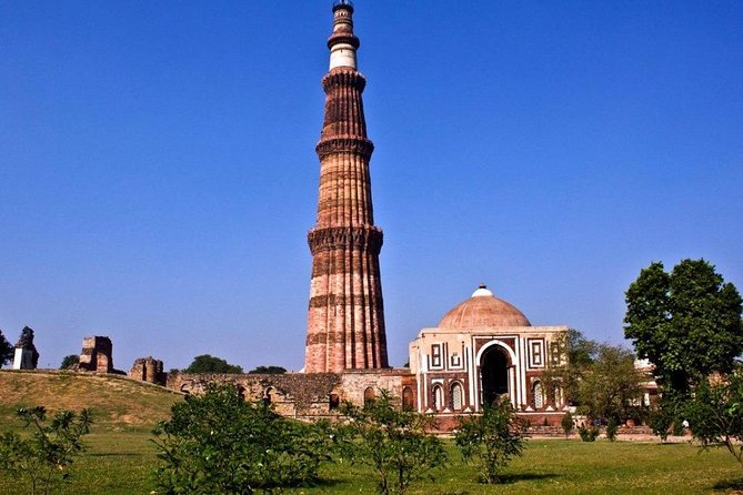 Vibrant Delhi 1 Night & 2 Days Trip