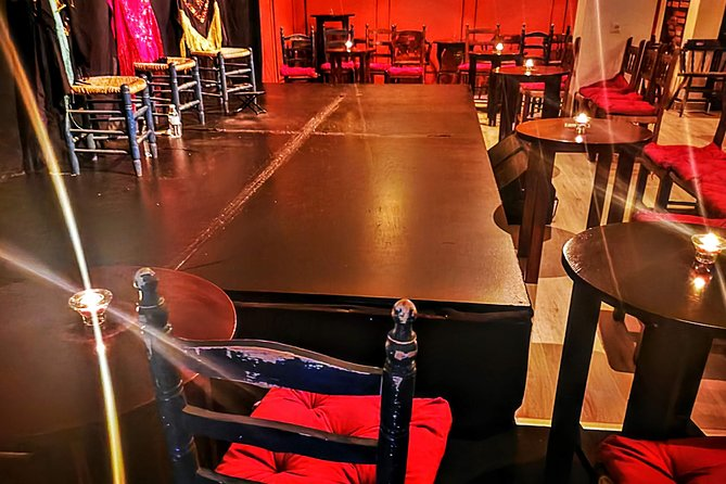 Flamenco Show in Malaga with a Drink photo 2