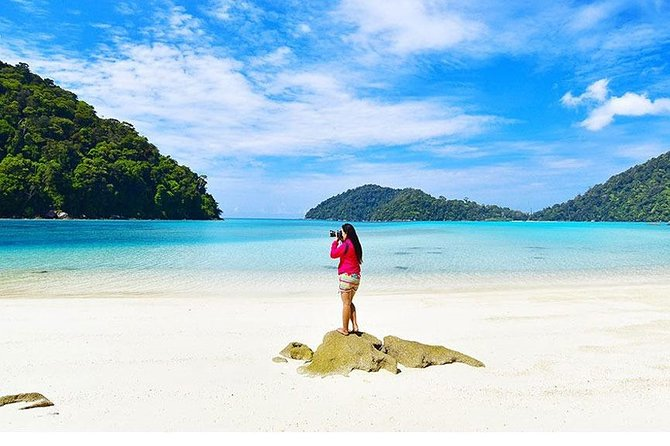 Surin Islands Snorkeling Day Trip By Love Andaman From Phuket photo 15