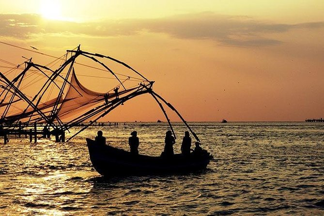 Explore KERALA (6 Days Tour) - Departure on Every FRIDAY - Valid from Jan to May